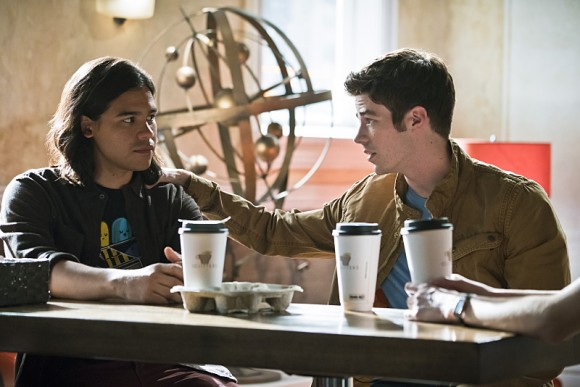 the-flash-episode-darkness-light-cafe