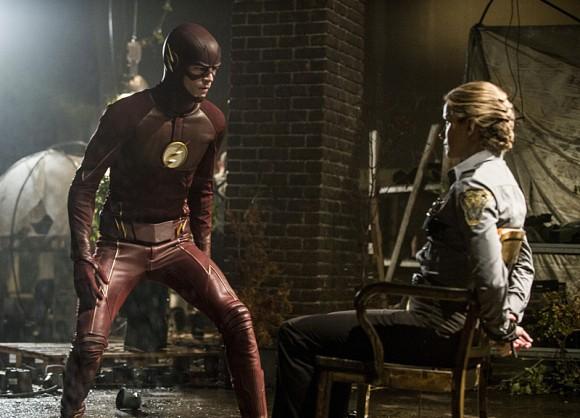 the-flash-of-two-world-season-2-episode-patty