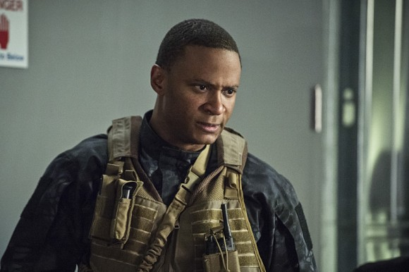 arrow-lost-souls-episode-diggle