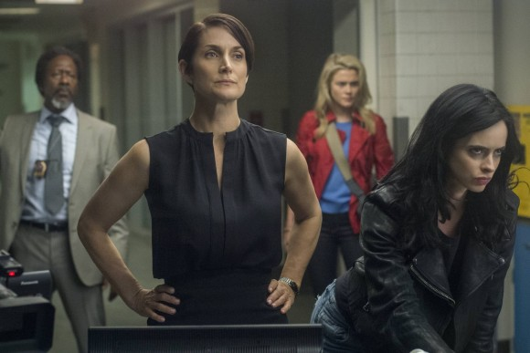 jessica-jones-season-1-stills-carrie-anne-moss