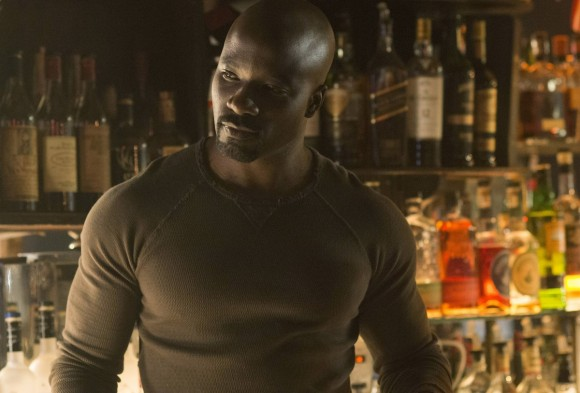 jessica-jones-season-1-stills-luke-cage