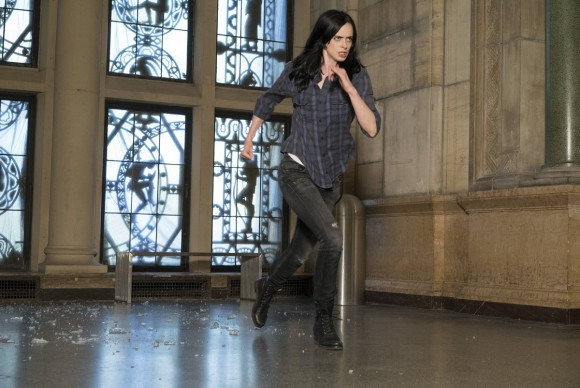 jessica-jones-season-1-stills-running