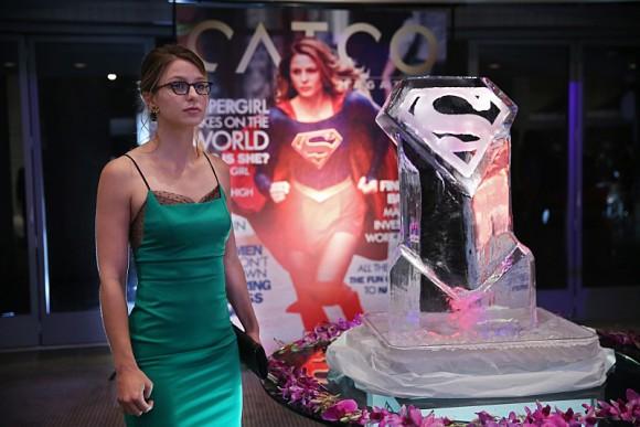 supergirl-episode-3-fight-flight-expo