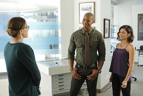 supergirl-episode-3-fight-flight-rencontere