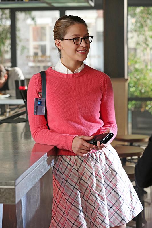 supergirl-episode-red-faced-benoist