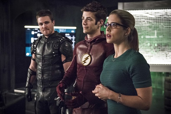 the-flash-crossover-legends-of-today-felicity-barry