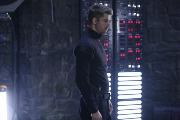agents-of-shield-maveth-finale-episode-lincoln