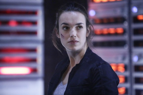 agents-of-shield-maveth-finale-episode-simmons
