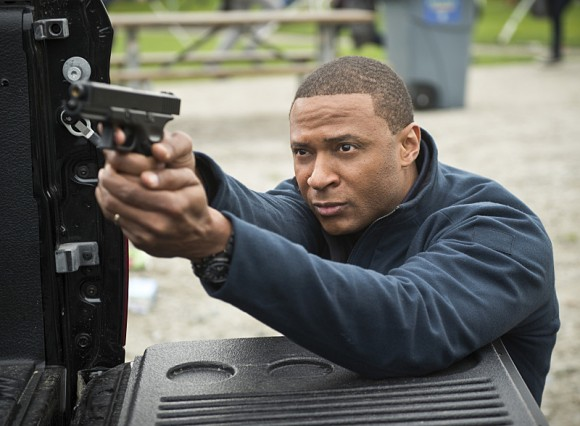 arrow-dark-waters-episode-diggle