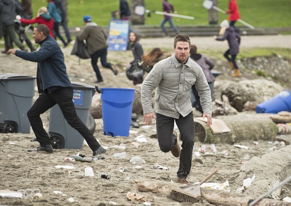 arrow-dark-waters-episode-ruuuuuuuuuun