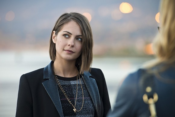 arrow-dark-waters-episode-thea