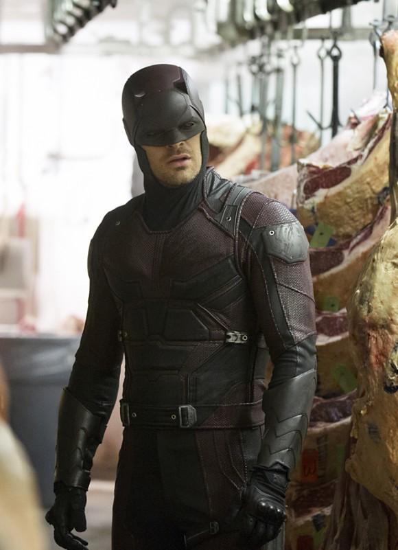 daredevil-season-2-costume-serie-netflix