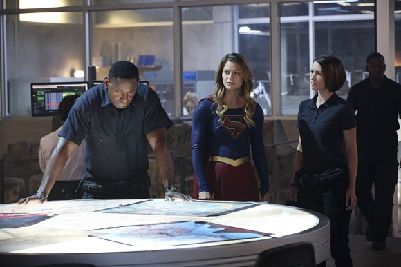 supergirl-episode-hostile-takeover-hank