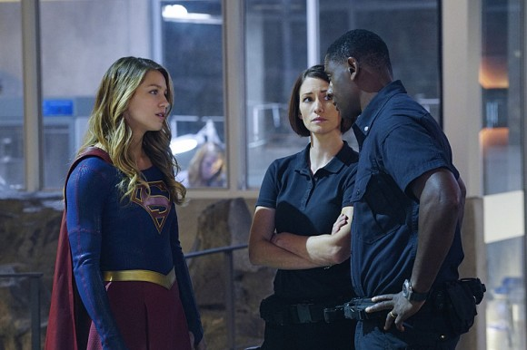 supergirl-episode-hostile-takeover-henshow