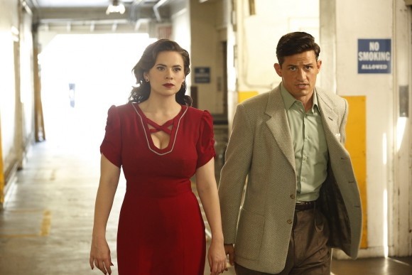 agent-carter-episode-1-season-2-lady-lake-wow