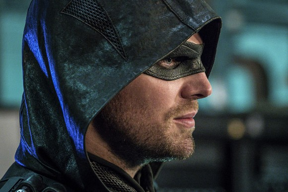 arrow-episode-unchained-amell