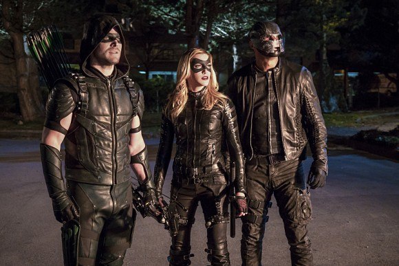 arrow-episode-unchained-equipe