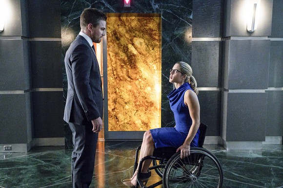 arrow-episode-unchained-felicity