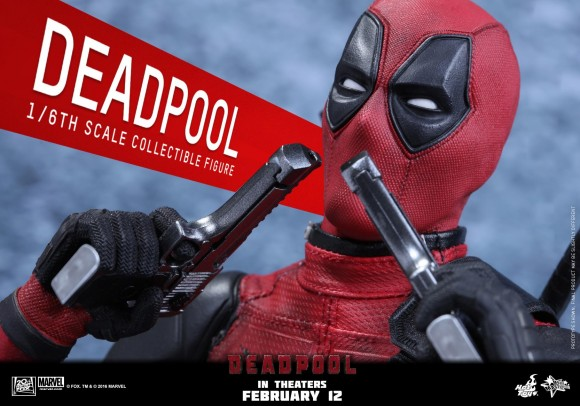 hot-toys-deadpool-touching