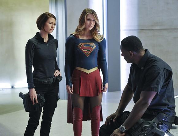 supergirl-strange-visitor-episode-hank