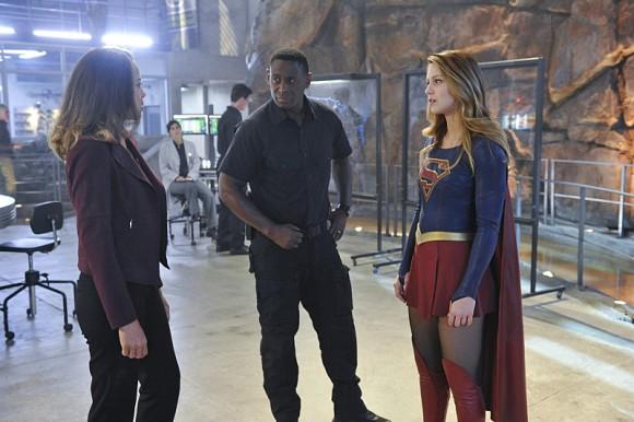 supergirl-strange-visitor-episode-series