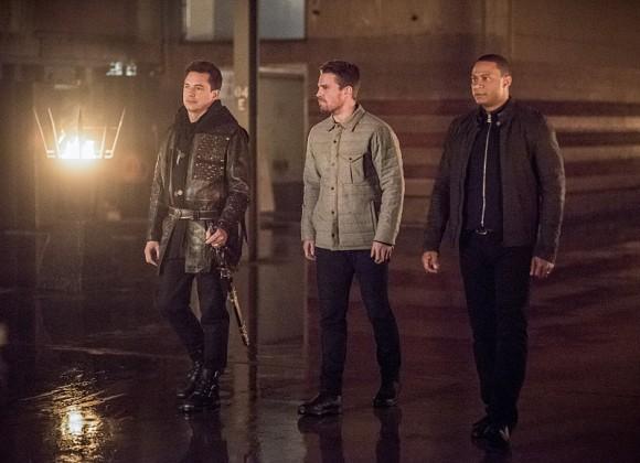 arrow-season-4-episode-sins-father-hangar
