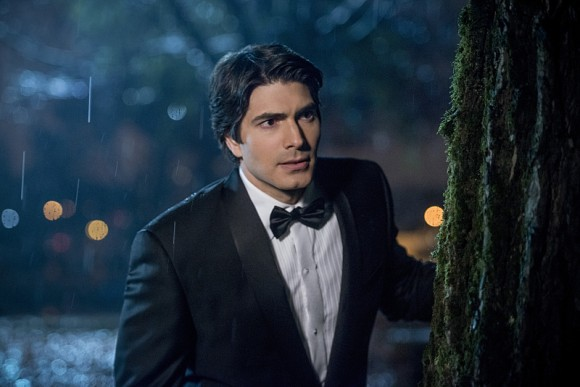 legends-of-tomorrow-white-knights-episode-ray-palmer