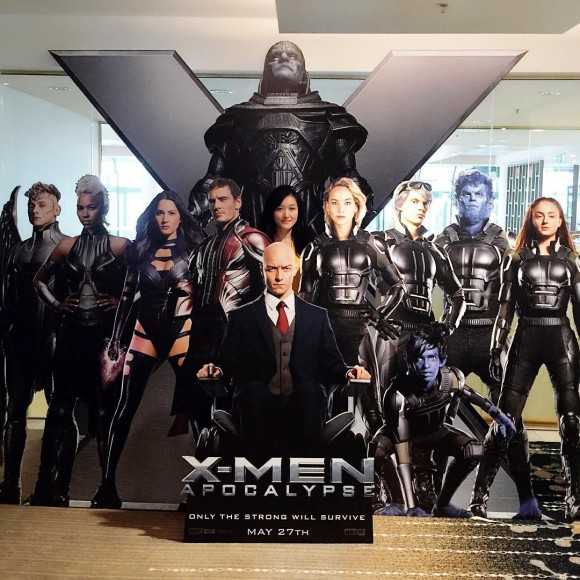x-men-apocalypse-standee-cinema