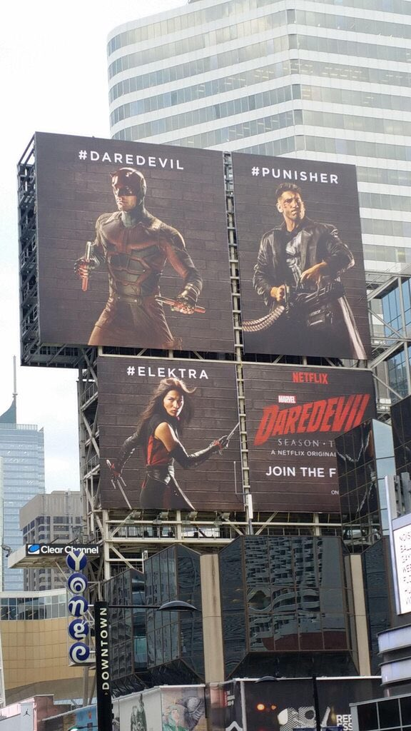 billboard-punisher-daredevil-elektra