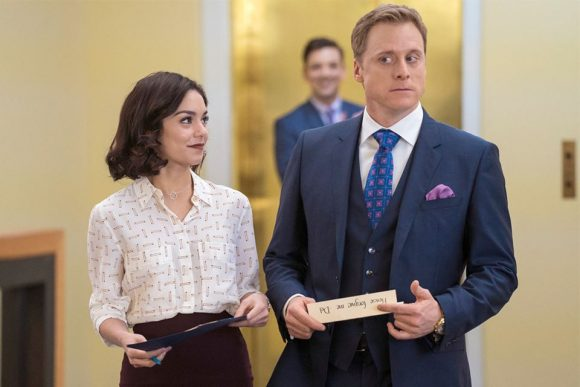 powerless-series-dc-comics-tudyk