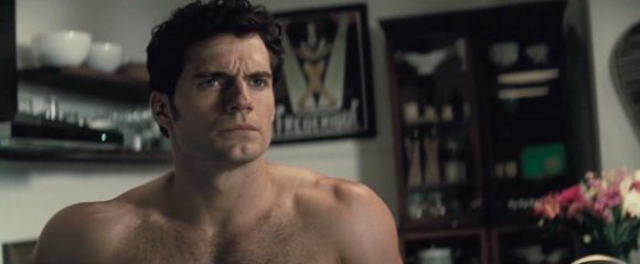 batman-v-superman-henry-cavill-deleted-shirtless
