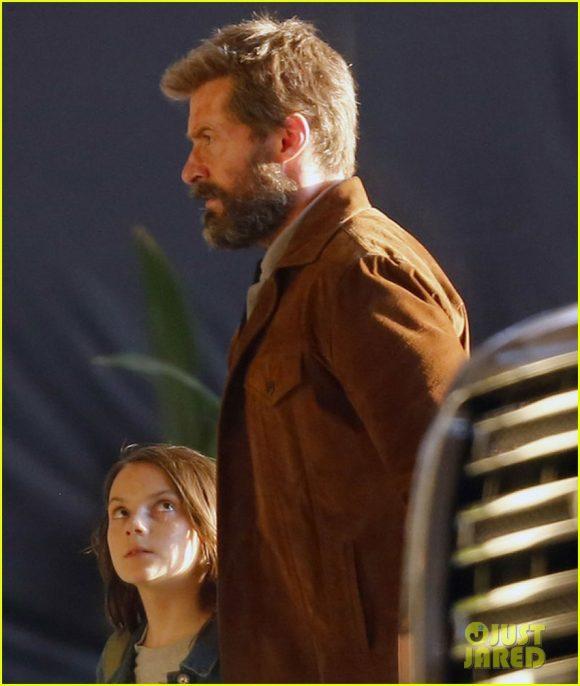 LOGAN (Wolverine 3) Hugh-jackman-films-wolverine-3-scenes-with-patrick-stewart-14-580x686