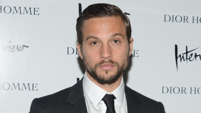 Spider man homecoming logan marshall green en discussion pour