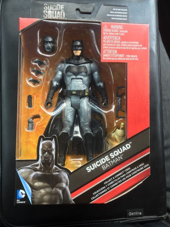 suicide-squad-batman-figure-costume