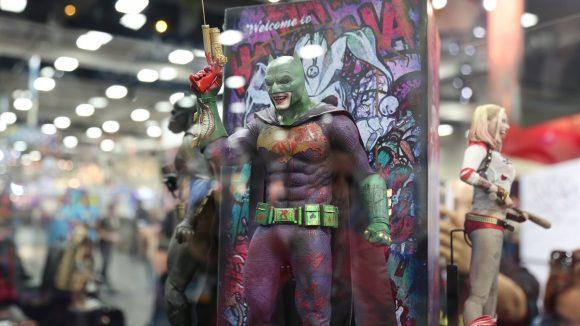 suicide-squad-comic-con-figurine-batjoker