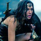 Après la bande annonce dévoilée samedi, la promotion de Wonder Woman se poursuit – alors que le film sort le […]