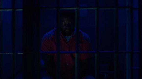 luke-cage-prison-usb